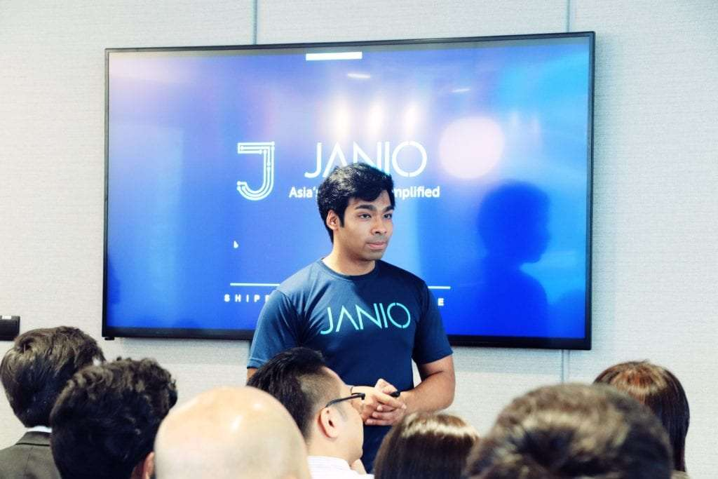 Janio's Nathaniel Yim speaks at Janio and Fast Fuyooh's KL event