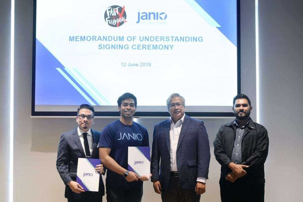 MOU Signing between Janio Asia and Fast & Fuyooh X